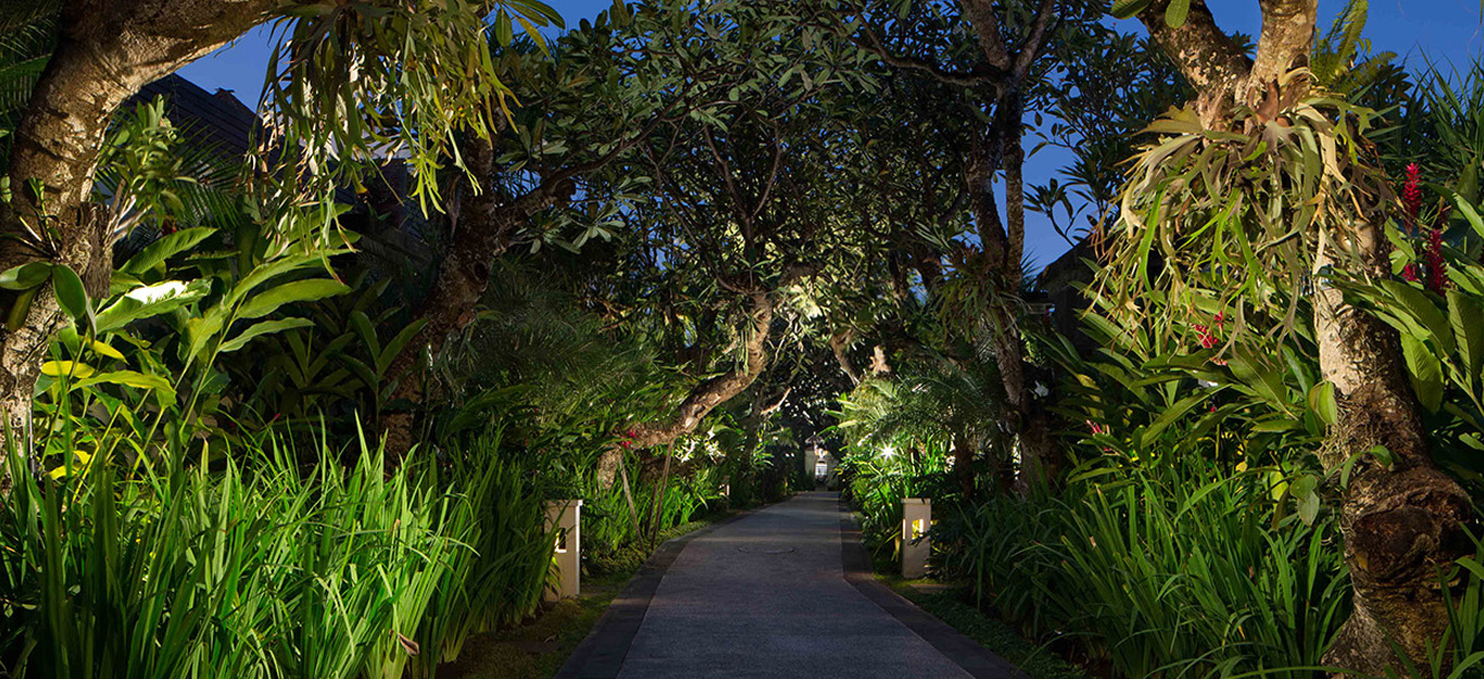 sun island boutique villas & spa pathway